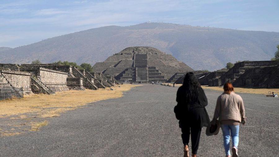Các kim tự tháp Teotihuacan ở Mexico đón khách trở lại