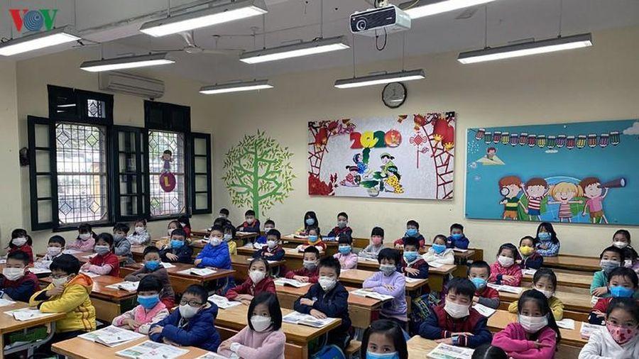 Hà Nội chính thức cho học sinh trở lại trường từ 2-3