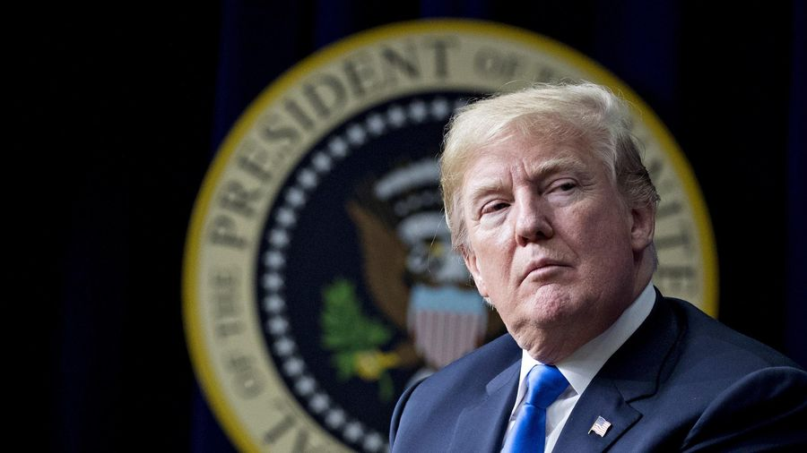 Mỹ duy trì lệnh chống công nghệ Trung Quốc của ông Trump