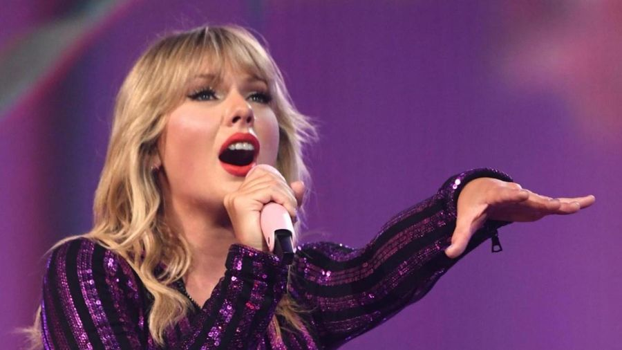 Taylor Swift hủy toàn bộ kế hoạch lưu diễn Lover Fest