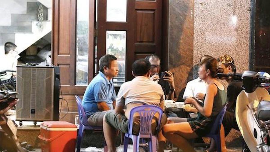 UBND TP Hồ Chí Minh ra công văn khẩn, chỉ đạo xử nghiêm karaoke tự phát