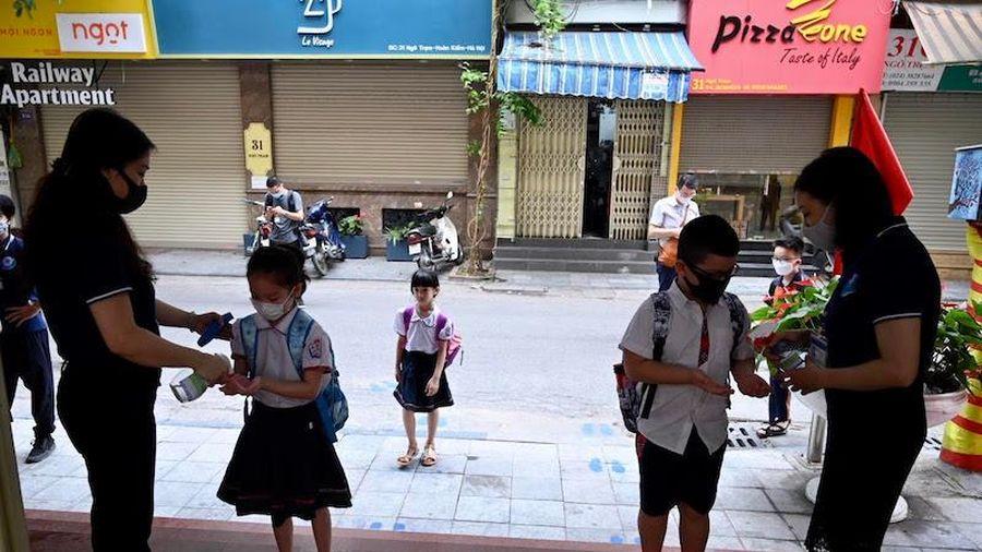 61/63 địa phương dự kiến cho học sinh trở lại trường học vào tuần tới