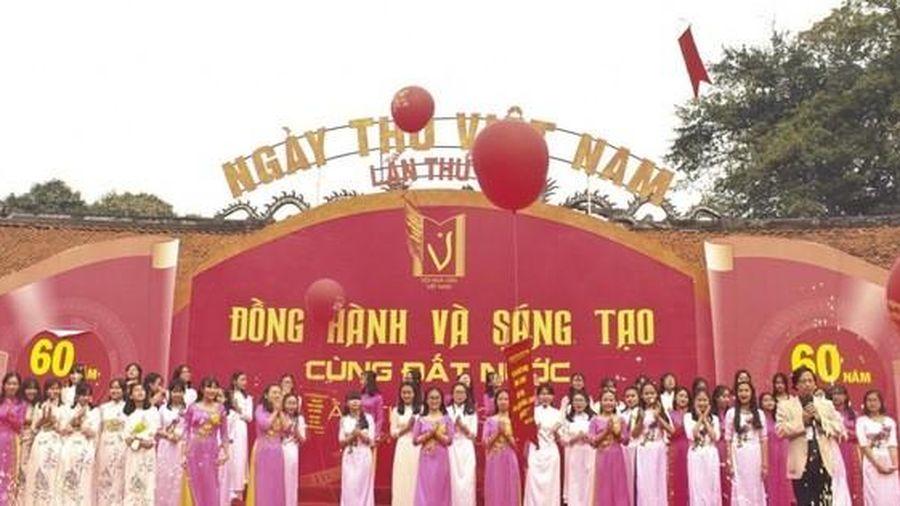 Ngày thơ Việt Nam: Cần phải làm mới, làm khác