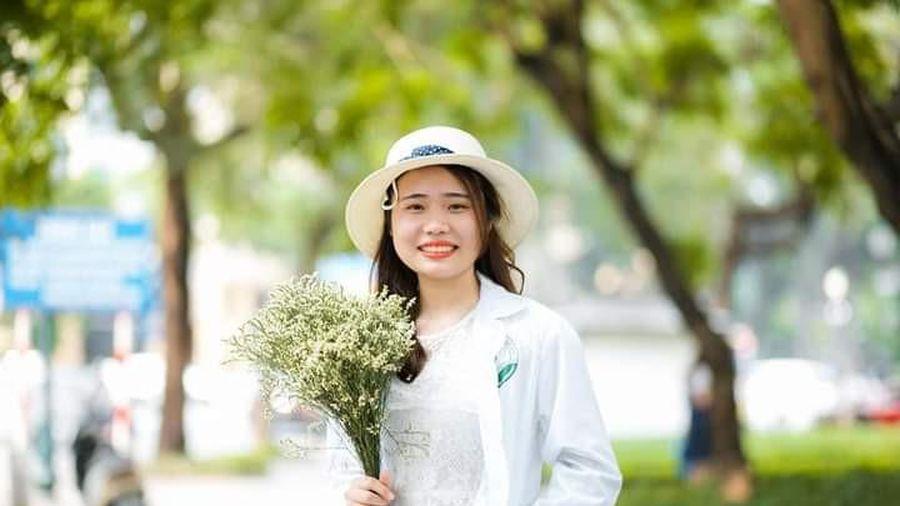 Nữ sinh ngành Dược: 'Theo đuổi ngành Y vì muốn mẹ luôn khỏe mạnh'