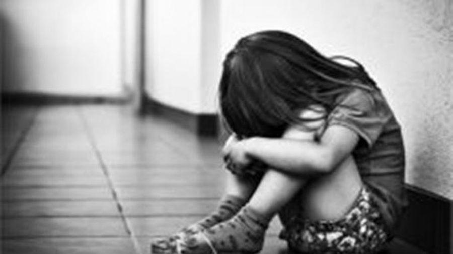 Lẻn vào phòng trọ để dâm ô bé gái 6 tuổi