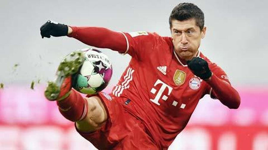 Lewandowski hướng tới kỷ lục của Gerd Mueller