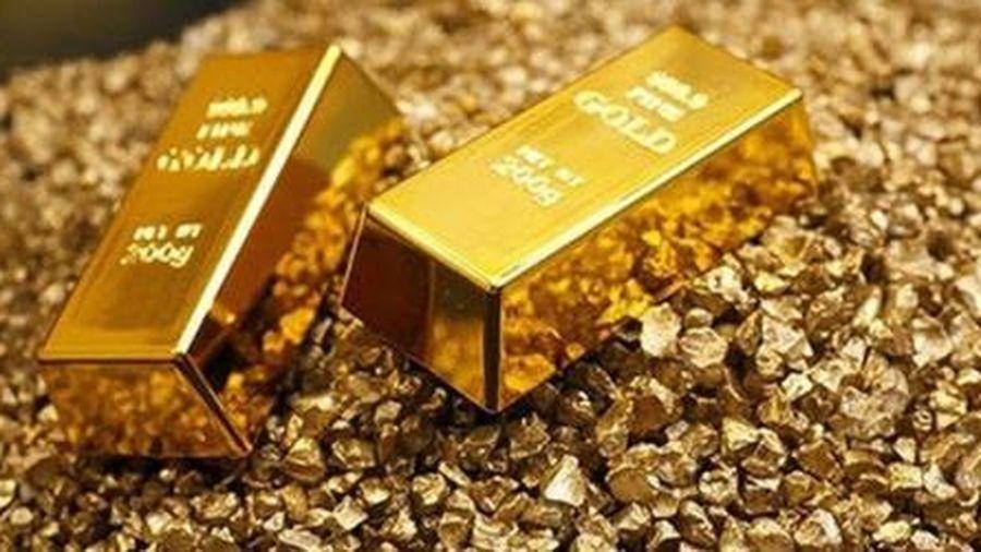 Vàng dần lùi về mốc 1.700 USD/ounce