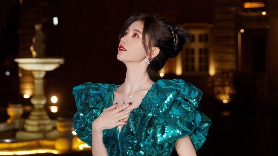 'Mỹ nữ 4000 năm' Cúc Tịnh Y được tìm kiếm nhiều nhất Đêm hội Weibo nhờ cực phẩm này