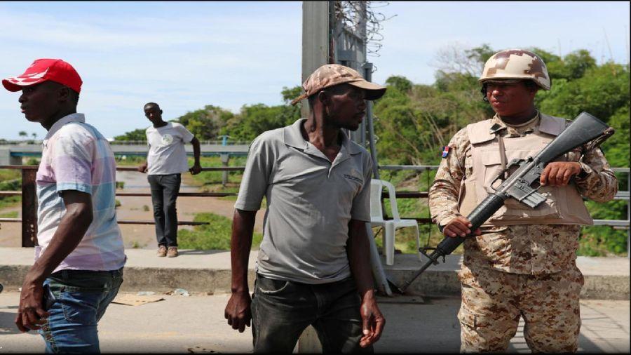 Cộng hòa Dominica xây dựng hàng rào dọc biên giới với Cộng hòa Haiti