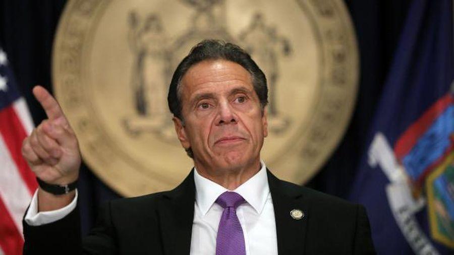 Thêm một cố vấn cáo buộc Thống đốc New York quấy rối tình dục