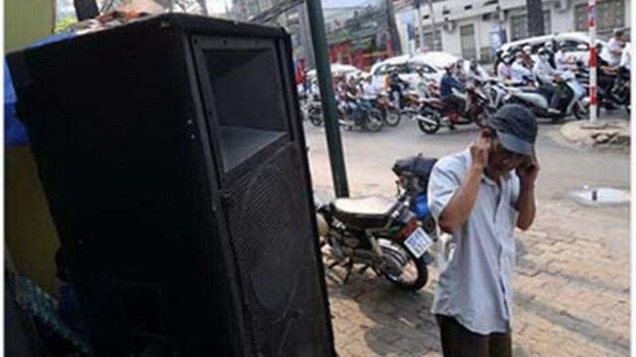 TP Hồ Chí Minh: Xử lý vi phạm tiếng ồn karaoke