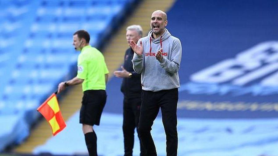 Pep Guardiola nói về điều bất thường ở Man City