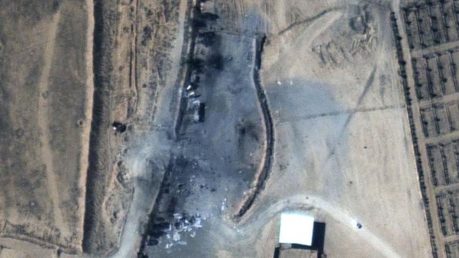 Căn cứ bị san phẳng trong cuộc không kích của Mỹ