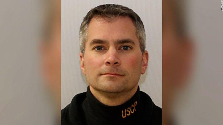FBI xác định nghi phạm liên quan đến cái chết của cảnh sát Capitol