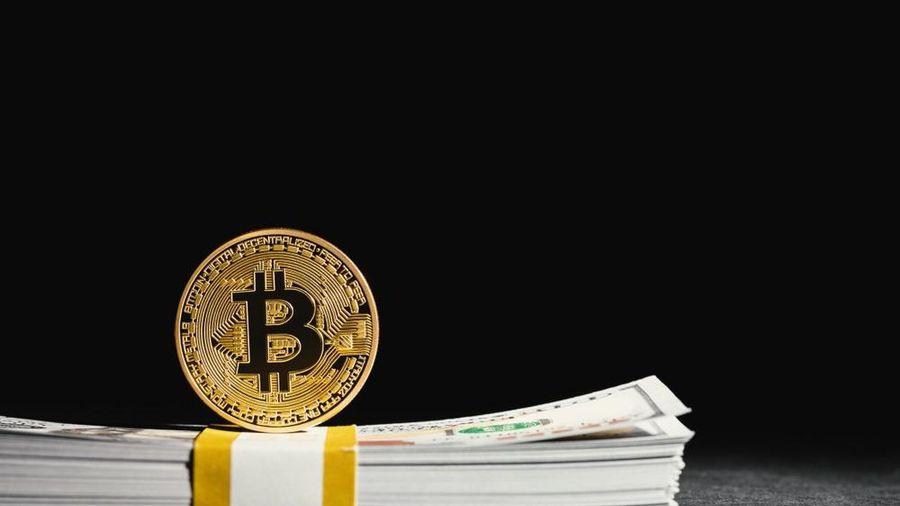Vốn hóa Bitcoin bốc hơi hơn 200 tỷ USD trong chưa đầy một tuần