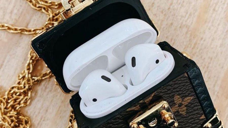8 túi đựng tai nghe AirPods đắt đỏ từ các thương hiệu xa xỉ