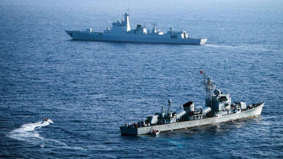 Mỹ - Trung gia tăng hiện diện quân sự trên Biển Đông