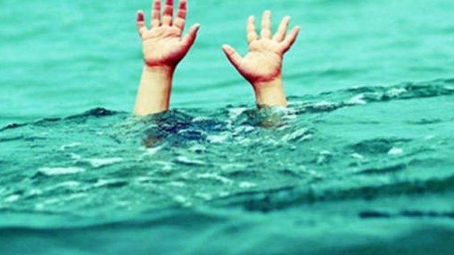 2 du khách tắm biển bị chết đuối