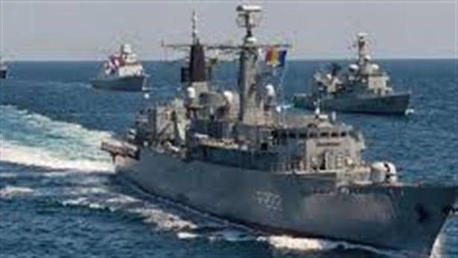 13 tàu, 9 máy bay: NATO tập trận ở Biển Đen