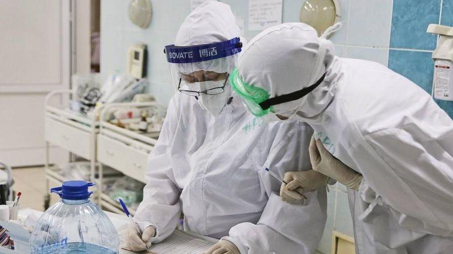 Chuyên gia Nga nhận định, có kháng thể cao vẫn có thể mắc Covid-19