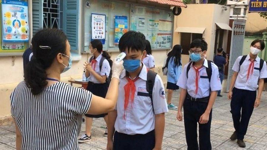 Học sinh tỉnh Vĩnh Phúc đi học trở lại vào ngày 1-3