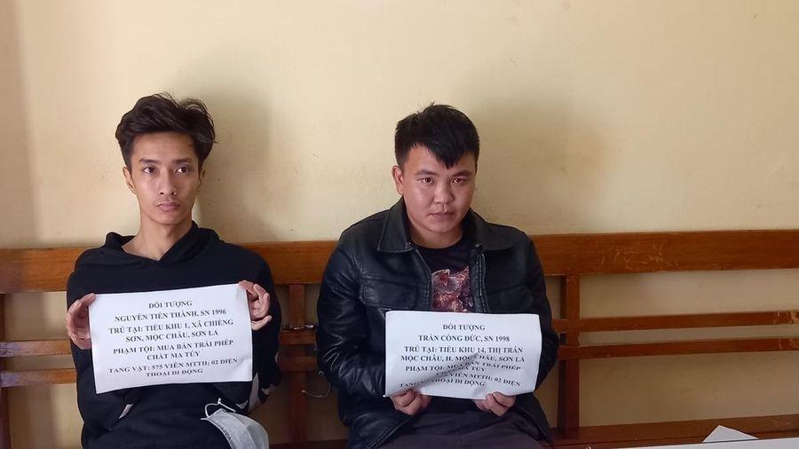 Hai thanh niên rủ nhau lên biên giới mua ma túy về bán