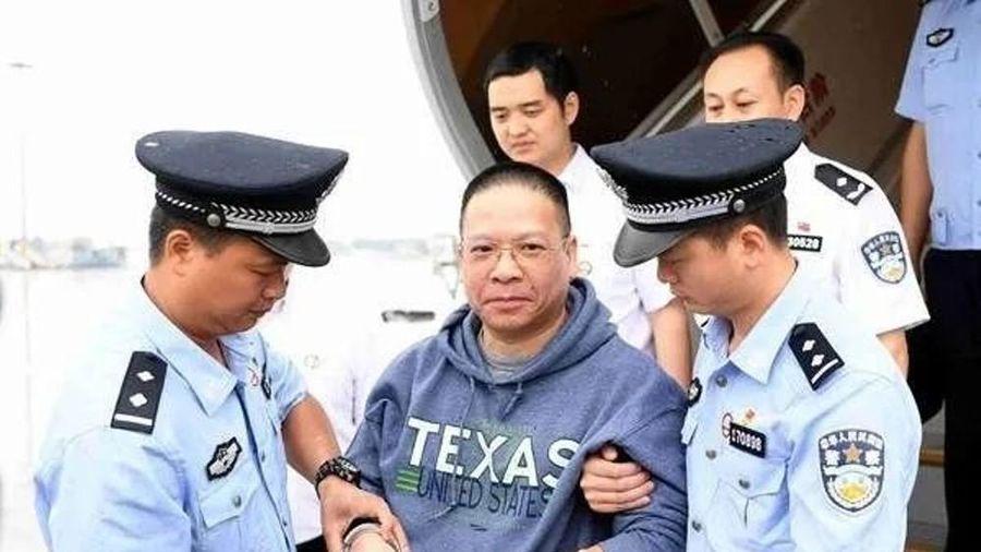 Quan tham lớn nhất Trung Quốc lẩn trốn 17 năm ở Mỹ