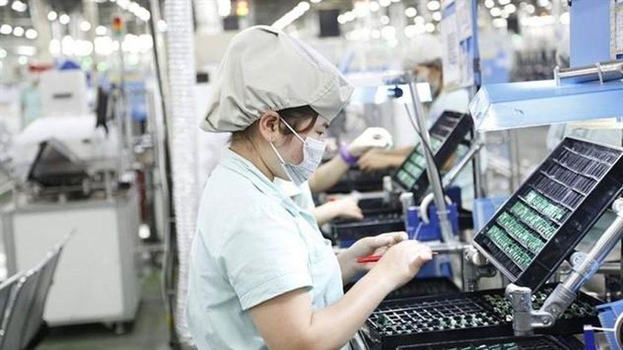 Tăng vọt vốn FDI 'rót' vào Việt Nam mở rộng sản xuất
