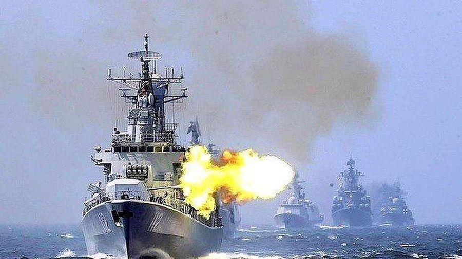 Trung Quốc tập trận bắn đạn thật, Mỹ tăng cường hiện diện ở Biển Đông