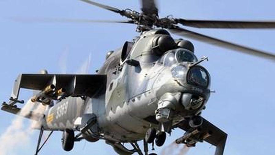 Trực thăng tấn công Mi-35 Nga hạ cánh khẩn cấp tại Syria khi đang tuần tra