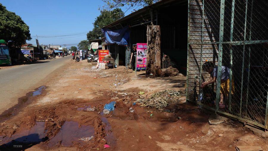 Hàng trăm hộ dân Gia Lai bức xúc vì đường không có hệ thống thoát nước