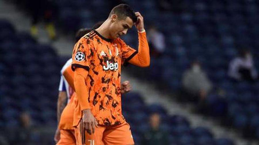 Pirlo đổ lỗi Juventus thiếu kinh nghiệm, Ronaldo bị đàn anh chê tơi tả