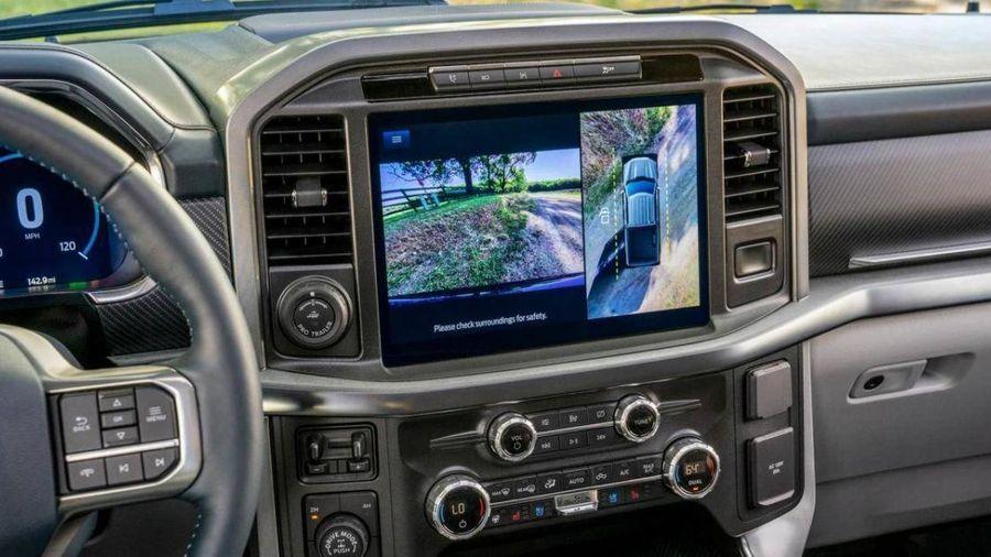 Công nghệ camera 360 trên xe hơi đã thay đổi thế nào trong năm qua?