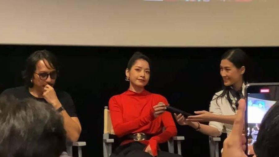 Chi Pu bị đào lại khoảnh khắc lồi lõm, coi thường đạo diễn Kathy Uyên?