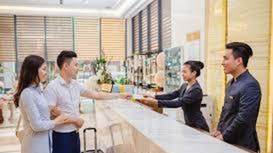 Tác động của phong cách lãnh đạo đến sự căng thẳng công việc của nhân viên lễ tân tại các khách sạn ở Hà Nội