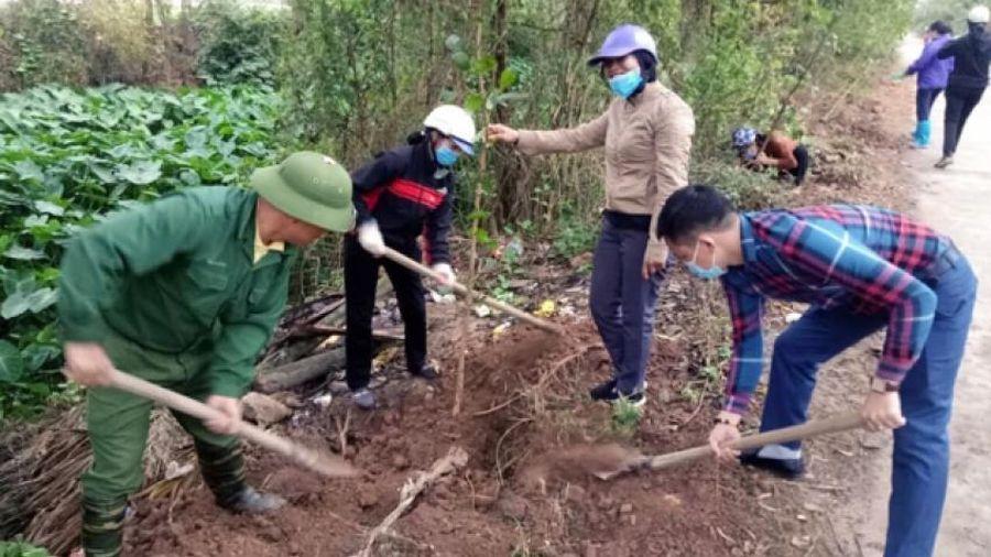 Thanh Trì, Hà Nội: Xã Tả Thanh Oai phát động tết trồng cây đầu Xuân Tân Sửu 2021
