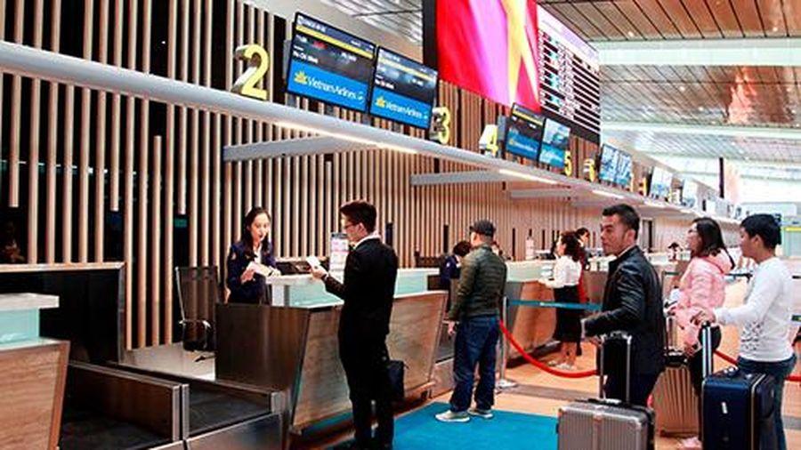 Hoạt động thương mại, vận tải và du lịch giảm doanh thu do dịch covid