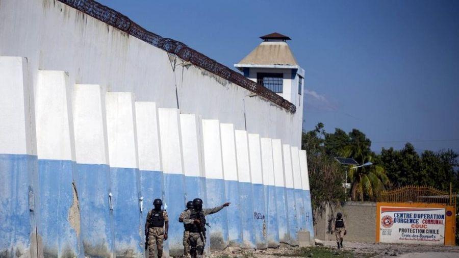 25 người thiệt mạng, hơn 400 tù nhân trốn thoát trong Bạo loạn nhà tù ở Haiti