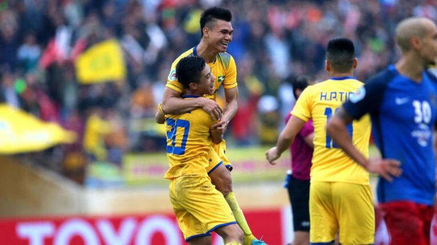 Ngày này năm xưa: 'Sao' U23 Việt Nam giúp SLNA hạ đội từng đoạt cúp châu Á