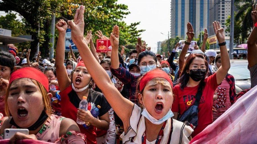 Myanmar gia tăng biểu tình sau khi đại sứ Myanmar tại Liên Hợp Quốc bị sa thải