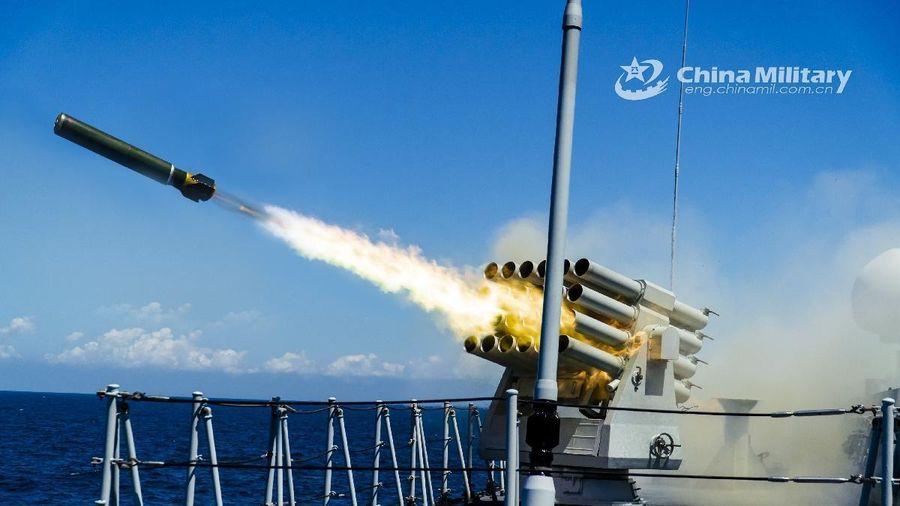 Tàu Mỹ tuần tra ở Hoàng Sa, Trung Quốc diễn tập đạn thật