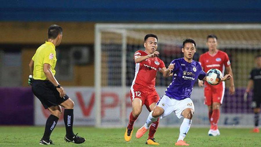 Giải Bóng đá chuyên nghiệp vô địch quốc gia năm 2021 thi đấu trở lại từ ngày 13-3