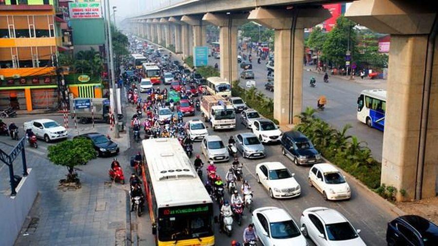 Hóa giải ùn tắc giao thông, cách nào?