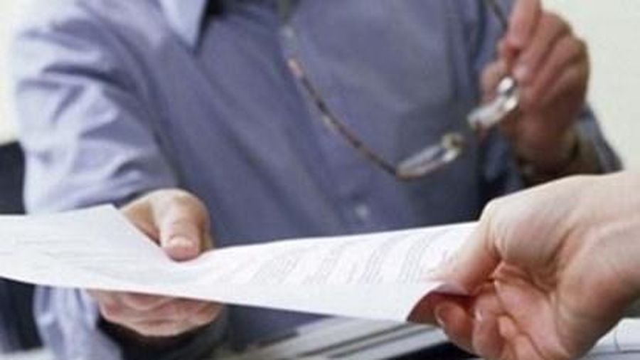 Chủ sử dụng lao động có được phép giữ chứng chỉ, văn bằng của người lao động?