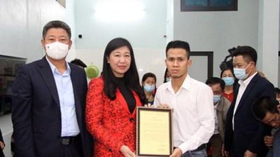 Ghi nhận, biểu dương hành động dũng cảm, nhân văn của anh Nguyễn Ngọc Mạnh