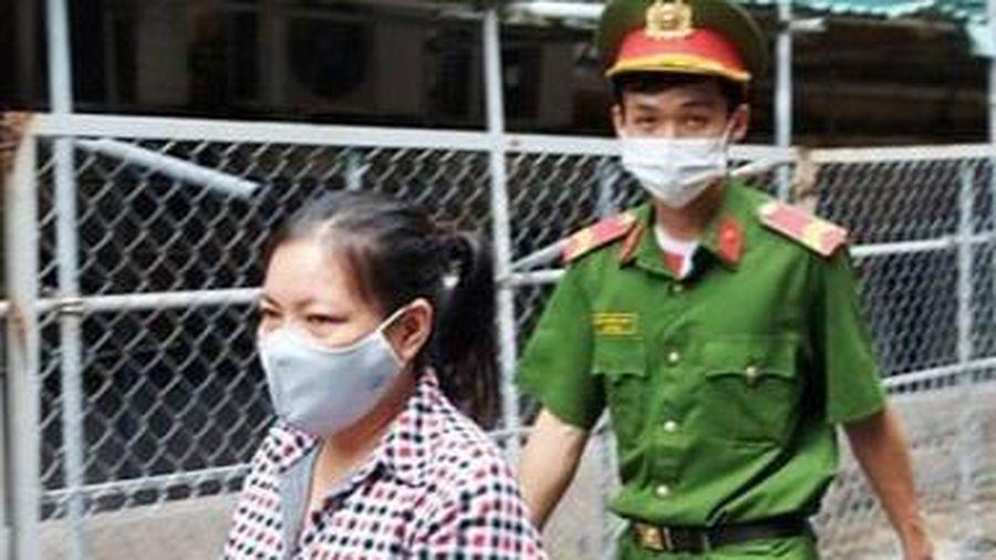 Tú bà bị bắt sau gần 20 năm trốn nã