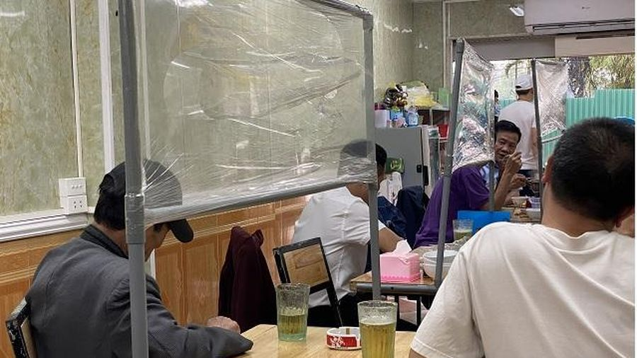Phòng, chống dịch Covid-19 tại các cơ sở ăn, uống: Nhiều bất cập