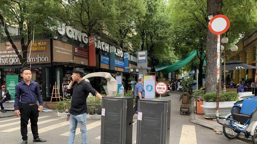 Chấn chỉnh loại hình hát bằng loa kéo trên đường phố: Các địa phương cần xử lý quyết liệt, đồng bộ