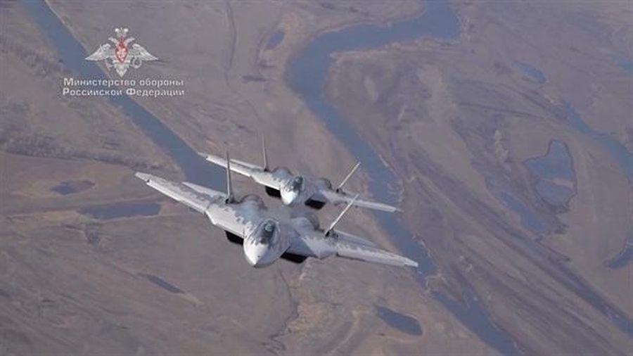 Su-57 có vũ khí đánh chặn cả siêu thanh lẫn tàng hình