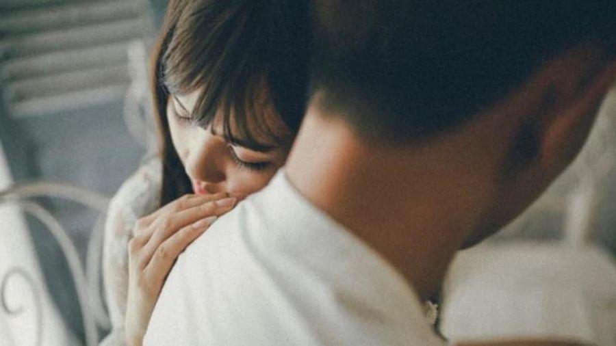 Vì sao phụ nữ ngoại tình với người kém cỏi hơn chồng mình?